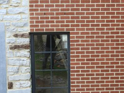 Menuiserie Lahaut - La pose de portes et châssis